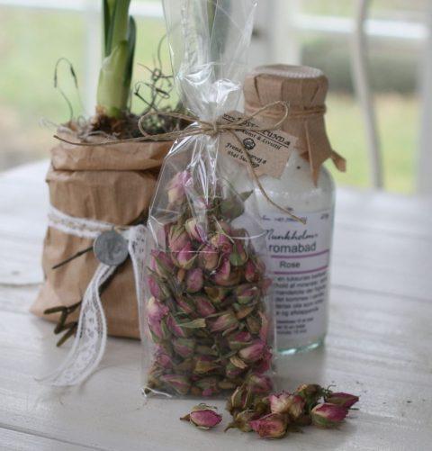 tørret-rosenknopper