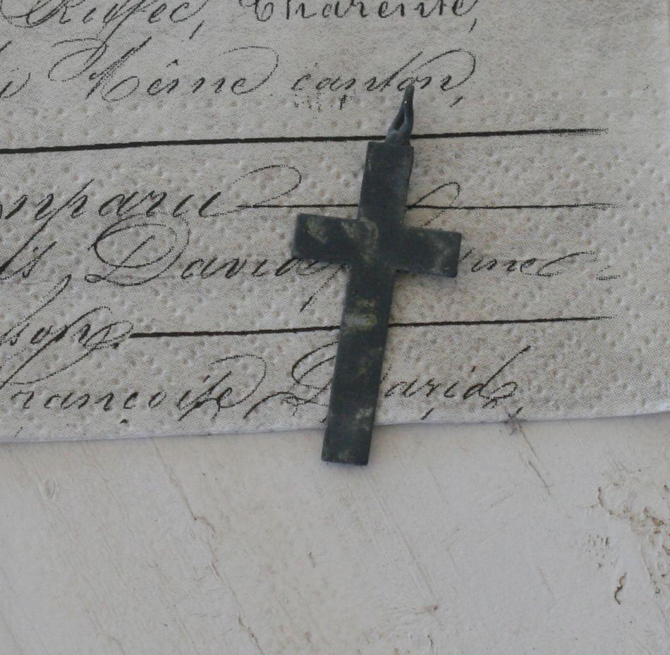 Lille kors i zink