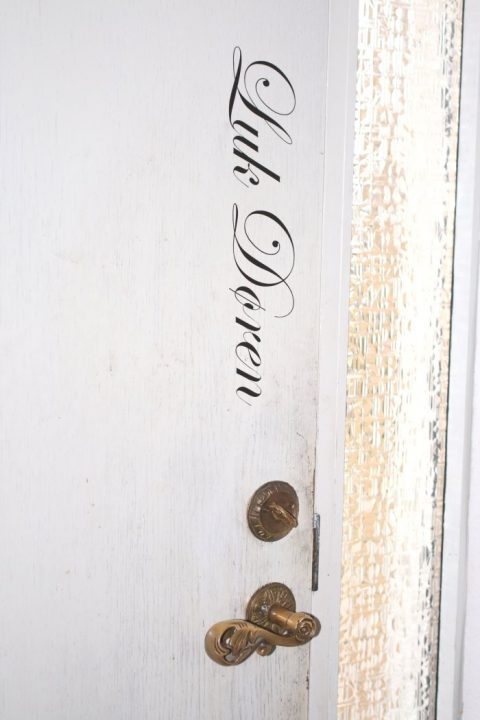 Luk-døren