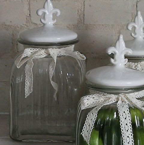 Opbevaringsglas-med-låg-og-fransk-lilje-stor