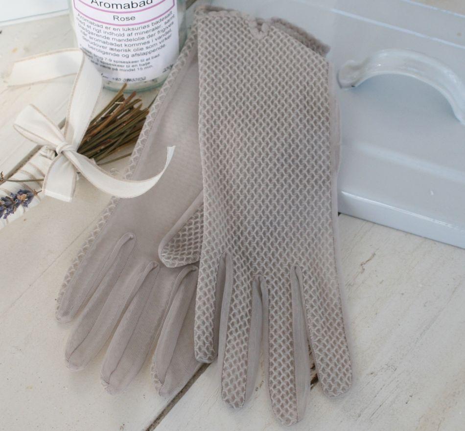 Gamle handsker i grå