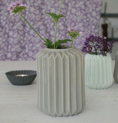 grå-stor-vase