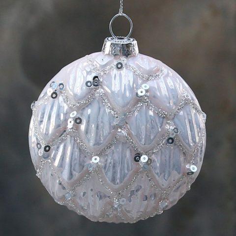 julekugle-med-palietter