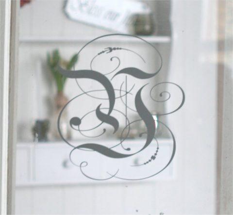 monogram-Y