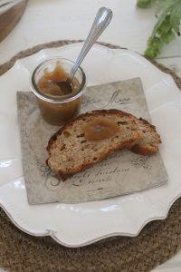 Æblesmør - opskrift på lækker æblesmør med kanel og vanilje