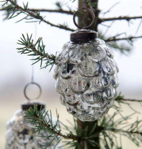 Julekugle kogle i sølv