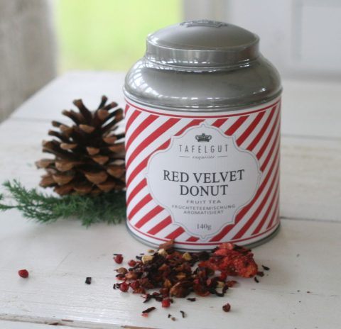 tafelgut-red-velvet-donut-tea