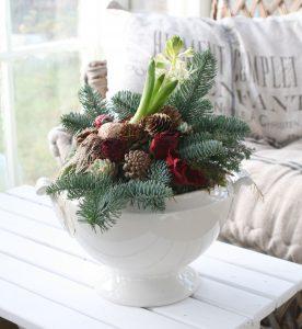 Julepynt i terrin