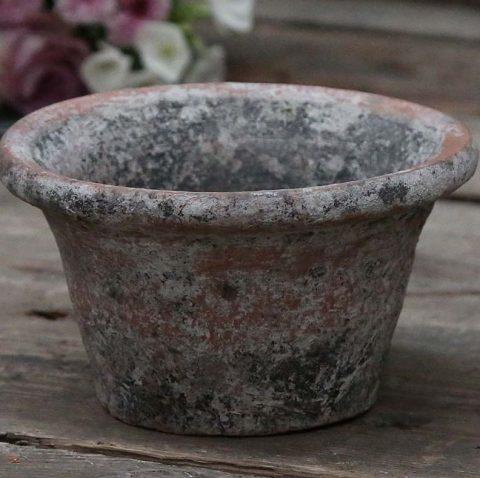Lille lerpotte med patina