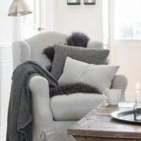 Pudebetræk i grå, strikket