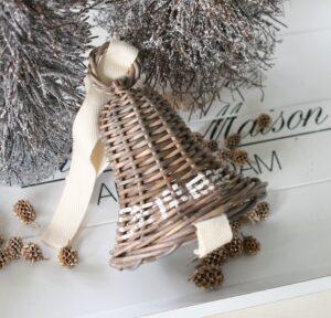 Juleklokke i flet med tekst