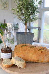 opskrift på lækker Rosmarinbrød