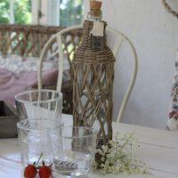 Flaske - rustic rattan open weave bottle L