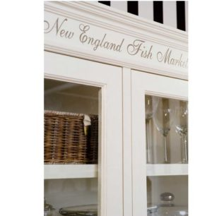 Vitrineskab - New England Fish Market Cabinet BESTILLINGSVARER