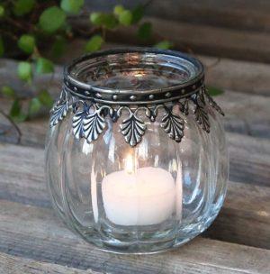 Fyrfadsstage m. sølv deko i glas