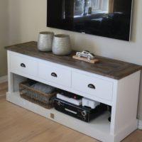 Tv-møbel - Newport Flatscreen Dresser 150 cm BESTILLINGSVARER
