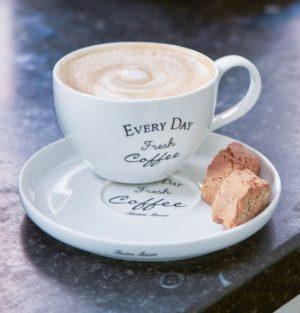 Kop med underkop - Coffee & Tea Cups/Mugs