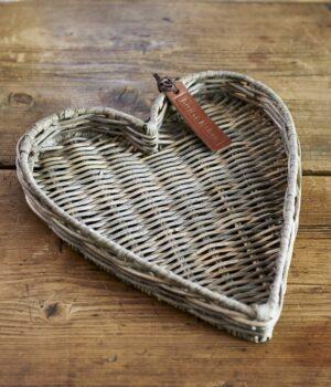Bakke - Rustic Rattan Heart Mini Tray