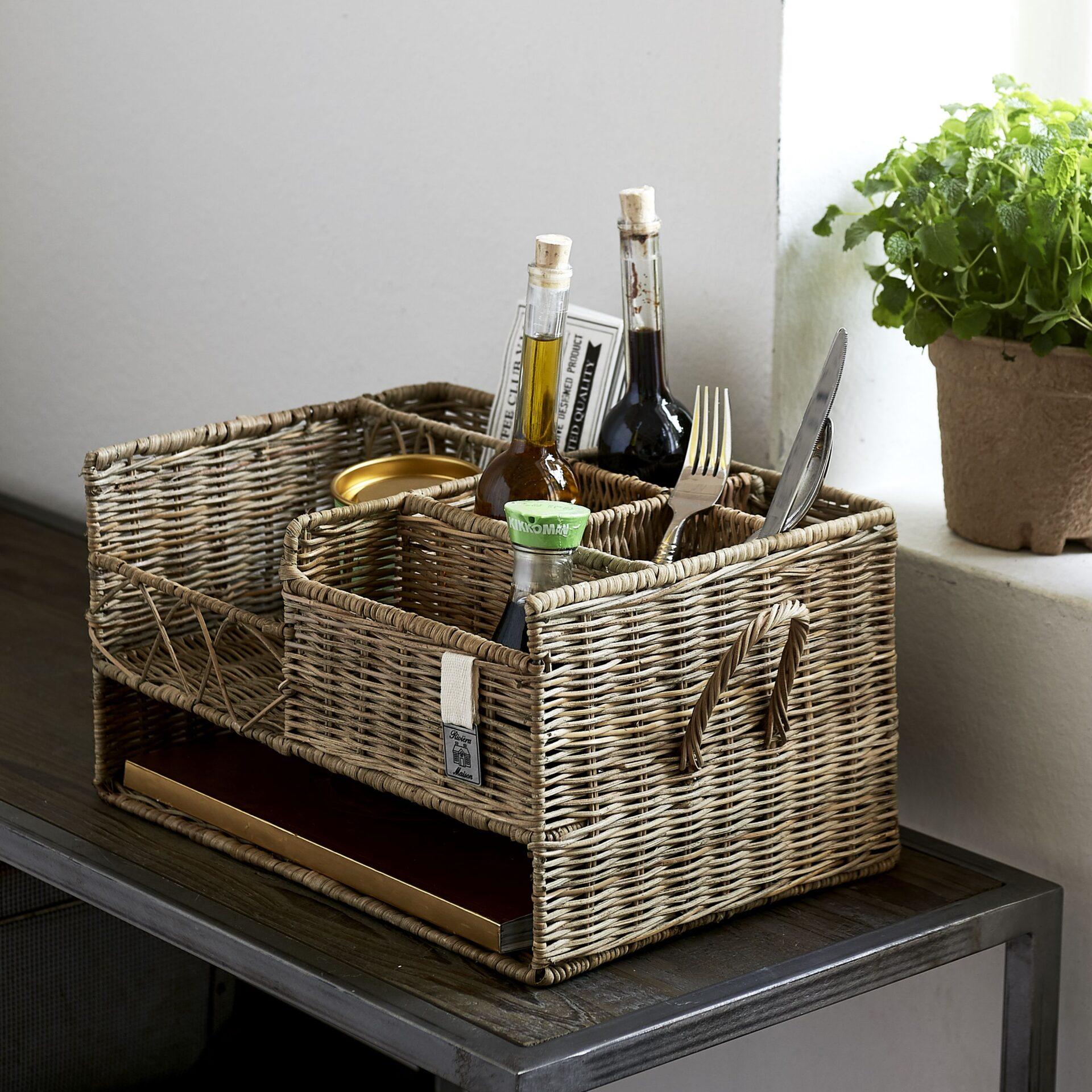 Picture of: Kurve Opbevaring Rustic Rattan Restaurant Basket