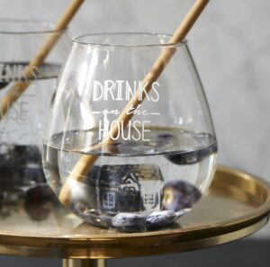 Glas m. hus indeni - Drinks On The House Glass