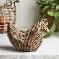 Høne i rattan - Rustic Rattan Little Miss Chicken