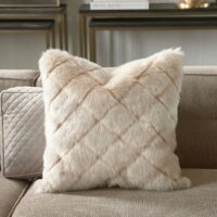 Pude inkl. fyld Diamond Fur Pillow Cover 50x50 1 STK. TILBAGE
