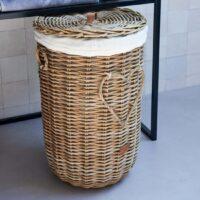 Vasketøjskurv - Rustic Rattan Heart Laundry Basket