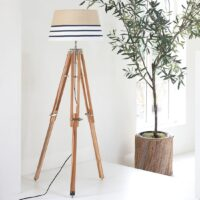 Gulvlampe - Classic Tripod Lamp teak L BESTILLINGSVARER