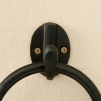 lille knage sort - small kitchen hook black s